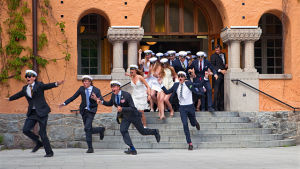 Studenter vid Viktor Rydbergs gymnasium i Djursholm 2010.
