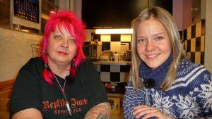 Krögaren Mona Halvorsen och programledare Sonja Kailassaari