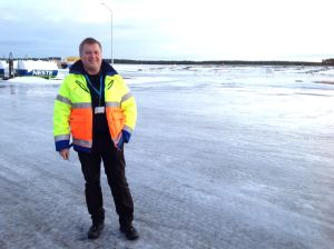 Ungefär vartannat år ställer isen till med förseningar i flygtrafiken, berättar flygplatschef Ari Nääppä