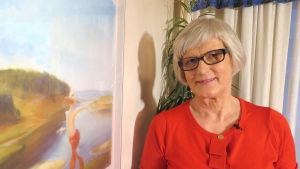 Kouluttaja Irma Tolosella on nyt osa-aikaeläkkeellä enemmän aikaa käsitöihin.