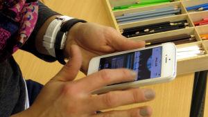 Polar toimii yhteen PC:n ja Macin kanssa. Mobiililaitteista toimii vain Iphone.