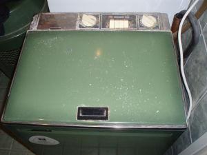 Tässä Asea Scandia pesukone ostettu syksyllä 1974. Kun ostin tämän kerrottiin että tämä oli ehdottomasti paras. Halusin parhaan ja niin sain kun kerran näin kauan on kestänyt.