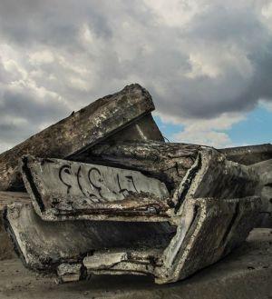 """vanhaa betonia pinossa """"eläkkeellä"""""""