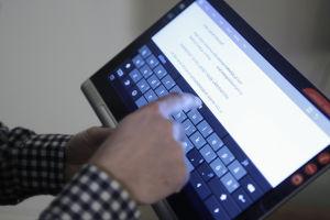 Yoga Tablet 2 Pro -taulutietokoneen näppäimistö
