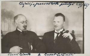 kirjailijat Ilmari Kianto ja Konrad Lehtimäki