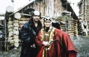 Esko Salminen (Pohjolan isäntä) ja Kristiina Halkola (Pohjolan emäntä)