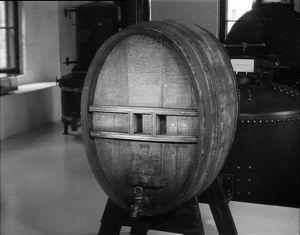 Ulkomainen konjakkitynnyti Altian viinamuseossa.