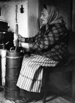 Vanha nainen