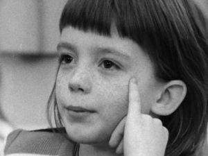 Kallion kansakoulun toisen luokan oppilas (1974).