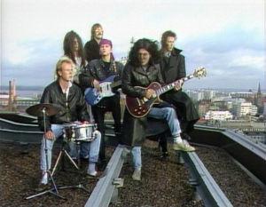 Rockstopin house-band katolla, Helsingissä 1988.