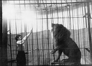 Leijonankouluttaja Zoja Puska
