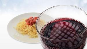 Spagetti ja punaviini
