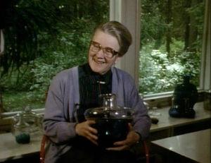Helena Tynell oli Suomen tunnetuimpia lasimuotoilijoita.