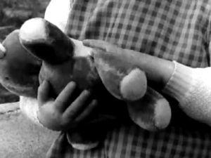 Barn med nalle 1966