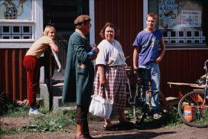 Raitilla Rutanen (Antti Majanlahti), Toivo Tuuhonen (Mauno Käpyaho), Anni Hurme (Maria Aho) ja Allu (Santeri Kinnunen).
