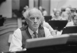 Einar Englund Jukka-Pekka Sarasteen johtaman RSOn solistina 1982