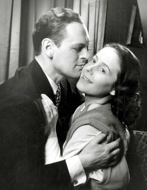 Leif Wager ja Leena Häkinen elokuvassa Kolmiapila (1953).