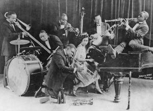 King Olivers Creole Jazz Band spelar på ett publicitetsfoto från 1923