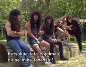 Thrash-yhtye Athrax yhdisti voimansa Public Enemyn kanssa kappaleessa Bring the Noise.