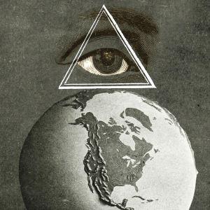 Maapallo ja silmäsymboli (kuvamanipulaatio)