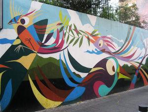 lintuaiheinen graffiti Beirutissa