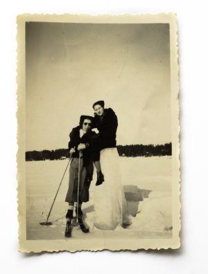 Suomenlahden jäällä, isomummu, isovanhemmat, kauniit kuvat