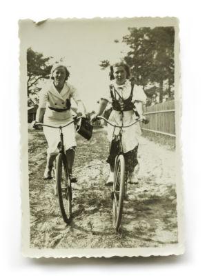 kauniit isovanhemmat, koiviston raitilla, 1938,
