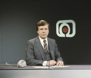 Lind uutislähetyksessä vuonna 1983.