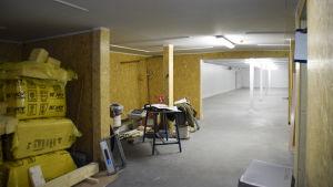 ett halv färdigt rum i frontmuseet i hangö