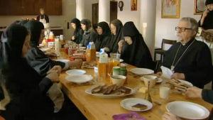 Ruokailuhetki luostarissa