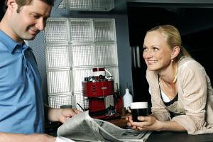 Tero ja Marika keittiössä