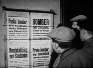 Löpsedlar omdet sovjetiska bombanfallet mot Stockholm i februari 1944.