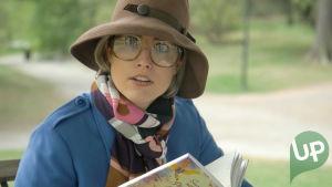 Kuvassa Thelma Siberg esittää Krista Kortelaisen äitiä nuorena.