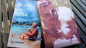 Två självbiografiska böcker av Alex Schulman.