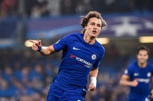 David Luiz firar mål.