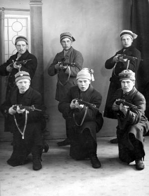 Sex rödgardister, 1918