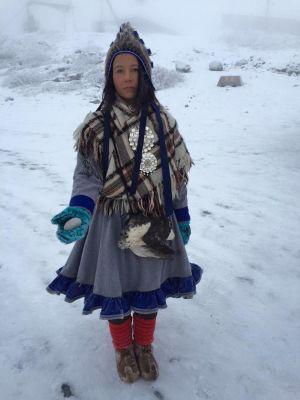 Den samiska konstnären Jenni Laiti.