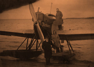 Junkers-lentokone Katajanokan satamassa 1923.