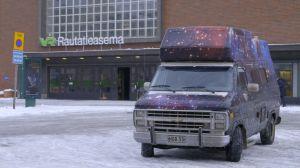 Auto Tampereen rautatieasemalla.