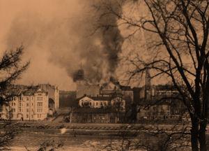 Helsingin Työväentalo tulessa 13.4.1918