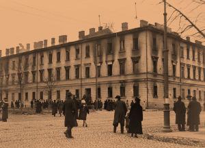 Turun kasarmi palon jälkeen 14.4.1918.