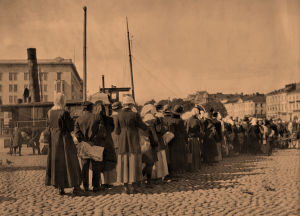 Perunajono Helsingin kauppatorilla 1918.