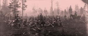 Valkokaartin lepohetki Tammisuolla Viipuriin marssittaessa 28.4.1918.