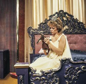 Susanna Haavisto Televisioteatterin Prinsessa Ruusunen -elokuvan nimiroolissa 1982.