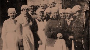 Toimen Tytöt -partiolippukuntalaisia 1918