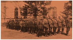 Säkkijärveltä Helsingin paraatiin lähtevä valiojoukko 7.5.1918.