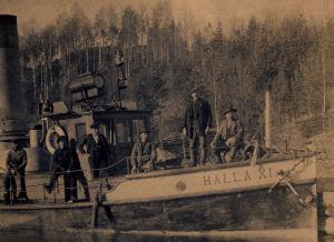 Antti Heikkinen höyrylaivalla.