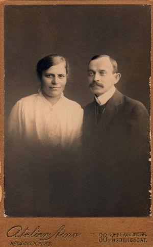 Otto Wille Kuusinen ja puolisonsa Saima Kuusinen