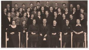 Oulun Osuuskaupan sekakuoro Sävel vuonna 1933.