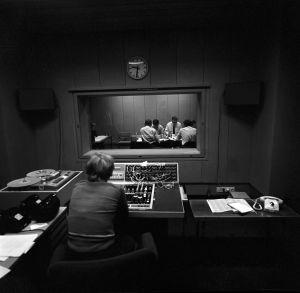 Kesäkadun tarkkaamo ja haastattelustudio 1968